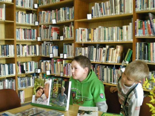 Seznmen s knihovnou: Jemnice